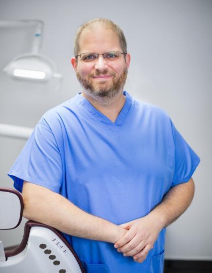 Dr. Ferentzi Balázs - Főorvos, Fogszakorvos